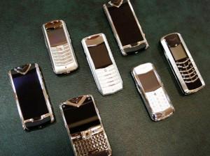Уход за телефонами премиум класса Vertu